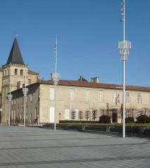 Ancien palais épiscopal - Français:   Castres