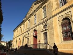 Ancienne église Saint-Martin - Français:   Façade de l\'Abbaye-école de Sorèze et du musée Dom Robert