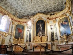Eglise Saint-Pierre - Français:   Lachapelle - Église Saint-Pierre - Décor du maître-autel