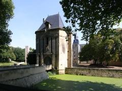 Château - Deutsch: Schloss Bannegon im französischen Département Cher