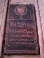Cathédrale Saint-Etienne - Cathédrale Saint-Étienne de Bourges (Cher, France), pierre tomanale (?)