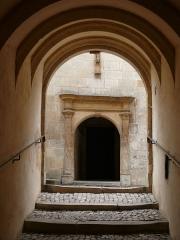 Hôtel Lallemant - Bourges - Hôtel Lallemant - Escalier donnant accès à la cour