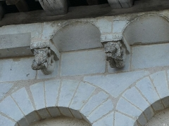 Eglise Saint-Martin - Français:   inventaire modillon
