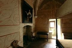 Ruines du château - Deutsch: Burg Sagonne im französischen Département Cher - Zimmer der Dame des Hauses