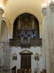 Eglise Saint-Amand - Français:   Orgue du Grand Condé, dans la partie sud du transept