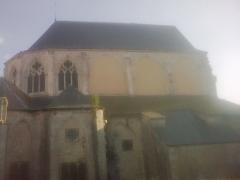 Eglise Saint-Pierre - English: north vue from the   the abbatiale  church Saint-Guinefort of Saint Satur (cher; France)
