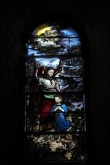Eglise Notre-Dame - Deutsch: Katholische Pfarrkirche Notre-Dame in Bû im Département Eure-et-Loir (Centre-Val de Loire/Frankreich), Bleiglasfenster mit Signatur DM (Duhamel Marette), Darstellung: Schutzengel