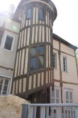 Maison dite de la Reine Berthe -       This file was uploaded  with Commonist.  Escalier de la reine berthe, Maison des Vieux-Consuls