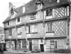 Maison du Saumon - French architectural photographer