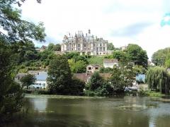 Château, actuellement musée agricole - English: The Château de Montigny-le-Gannelon (Eure-et-Loir, France).