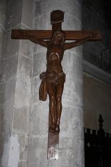 Eglise Notre-Dame - English: A crucifix inside Notre-Dame Church, in Nogent-le-Rotrou, Eure-et-Loir, France.