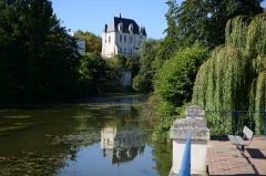 Château Raoul - Français:   Château Raoul de Châteauroux