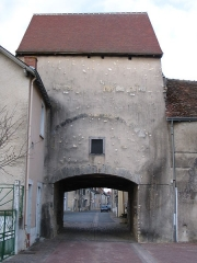 Ancienne porte de ville - English: Perrin Bridge's Gate, in Déols, Indre, France.