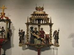 Ancien hôtel-Dieu - Français:   Bâton de procession de la corporation des bouchers dont le patron est saint Barthélémy. Musée de l\'hospice Saint-Roch, à Issoudun.