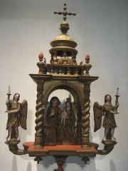 Ancien hôtel-Dieu - Français:   Bâton de procession de la corporation des menuisiers dont le patron est sainte Anne. Musée de l\'hospice Saint-Roch, à Issoudun.