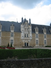 Château d'Ars - Français:   Château d\'Ars (Indre) , entrée et escalier