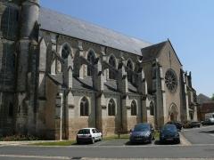 Eglise Saint-Laurian - English: Saint-Laurian's church in Vatan (Indre, Centre-Val de Loire, France).