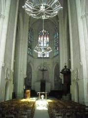 Eglise abbatiale Saint-Pierre-Saint-Paul - English: Church of Beaulieu lès Loches (France), inner view