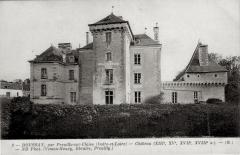 Château de Boussay - Français:   Façade nord du château de Boussay (37)