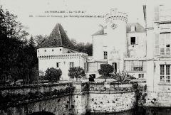 Château de Boussay - Français:   Château de Boussay (tour ronde avant remaniement)