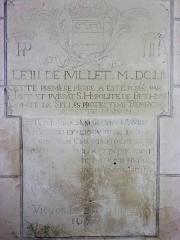 Ancienne chartreuse du Liget - Français:   plaques dédicatoires dans la chapelle du XIXe siècle