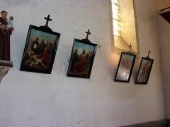 Eglise paroissiale Saint-Urbain - Français:   Chemin de croix de l\'église (vue partielle)