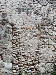 Eglise paroissiale Saint-Urbain - Français:   Ancienne porte murée dans la nef