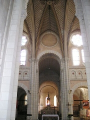 Eglise paroissiale Saint-Jean-Baptiste - Deutsch: Saint-Jean-Baptiste_in_Langeais, Inneres