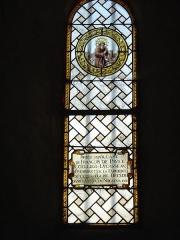 Eglise paroissiale Saint-Saturnin - Français:   Vitrail Saint François de Paule - Eglise de Limeray - Indre et Loire - France