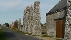 Vestiges de l'aqueduc romain -  Aqueduc romain de Luynes