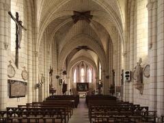 Eglise paroissiale Saint-Martin - Deutsch: Stiftskirche Saint-Martin in der Gemeinde Nouans-les-Fontaines im Departement Indre-et-Loire/Frankreich.