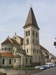 Eglise abbatiale bénédictine Saint-Pierre - Français:   Abbatiale Saint-Pierre de Preuilly-sur-Claise, Indre-et-Loire, France