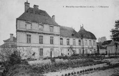Hôtel de la Rallière - Français:   Château de la Rallière, ancien hospice