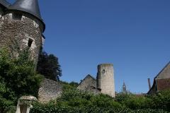 Ancienne abbaye Saint-Sauveur -  Portail et tour de l'Abbaye Saint Sauveur de Villeloin à Villeloin-Coulangé.