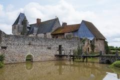 Château - English: Le château de Chémery est un château de France situé dans le département de Loir-et-Cher de la région Centre-Val de Loire. Situé sur la commune de Chémery, il est une propriété privée et fait l'objet d'une inscription au titre des monuments historiques depuis le 6 janvier 19262.