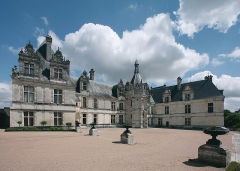 Château - Deutsch: Schloss Saint-Aignan, Département Loir-et-Cher/Frankreich - Schlosshof