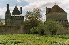Domaine du château de Talcy - Français:   France: Château de Talcy (Loir et Cher): Dongeon et colombier