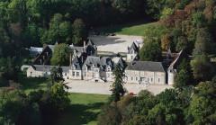 Château de Villesavin - Deutsch: Luftbild des Schlosses Villesavin von Südosten