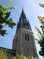 Eglise Saint-Martin et crypte -  France Loiret Beaune-la-Rolande Eglise Saint-Martin  Photographie prise par GIRAUD Patrick