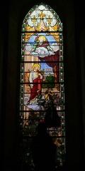 Eglise Notre-Dame - Deutsch: Bleiglasfenster in der Kirche Notre-Dame in Bellegarde (Frankreich), Darstellung: Herz Jesu