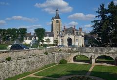 Eglise Saint-Martial - English: Châteauneuf-sur-Loire et l'Église Saint-Martial