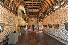 Ancien château, actuellement Musée international de la Chasse - English: Exposition in the Château de Gien
