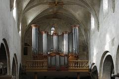 Eglise Saint-Etienne - Eglise Saint-Etienne de Jargeau.  Orgue du 19ème siècle, restaurée par Henri Firmin.    Saint-Etienne Church Jargeau.   Organ from the 19th century, restored by Henri Firmin.