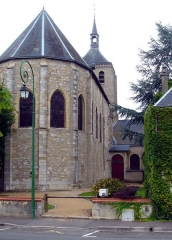 Eglise Saint-Etienne -  Square Oscar Roty, derrière l\'église Saint-Étienne à Jargeau