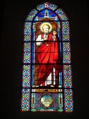 Eglise de la Madeleine - English: In St Madeleine church, Montargis, Loiret, Gâtinais, région Centre, France. Stained-glass window featuring St Paul.