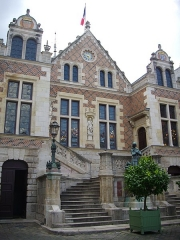 Hôtel Groslot, actuellement Hôtel de ville - Français:   Hôtel Groslot, à Orléans (Loiret, France): façade