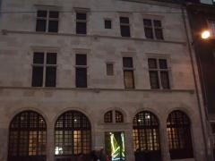 Maison dite d'Agnès Sorel ou Hôtel Euverte-Hatte, actuellement Centre Charles Péguy - maison de caractère à Orléans