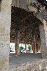 Halle - Deutsch: Markthalle in Puiseaux im Département Loiret in der Region Centre (Frankreich)
