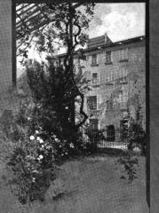 Maison de Napoléon Bonaparte -  A sketch of Casa Buonaparte that appeared in the 1895 edition of The English Illustrated Magazine.