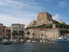 Citadelle - Français:   Bonifaccio France, le port